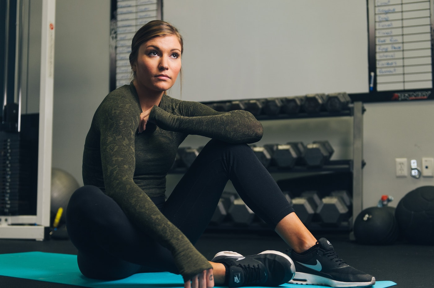 Whats the difference between crunches and situps? - CC thorouglyreviewed.com